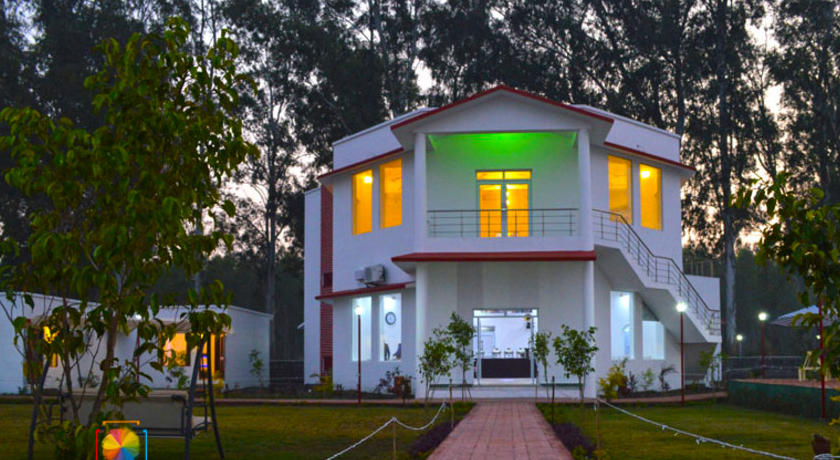 Holiday Forest Resort Jim Corbett
