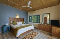 Acorn Hideaway New Year Packages