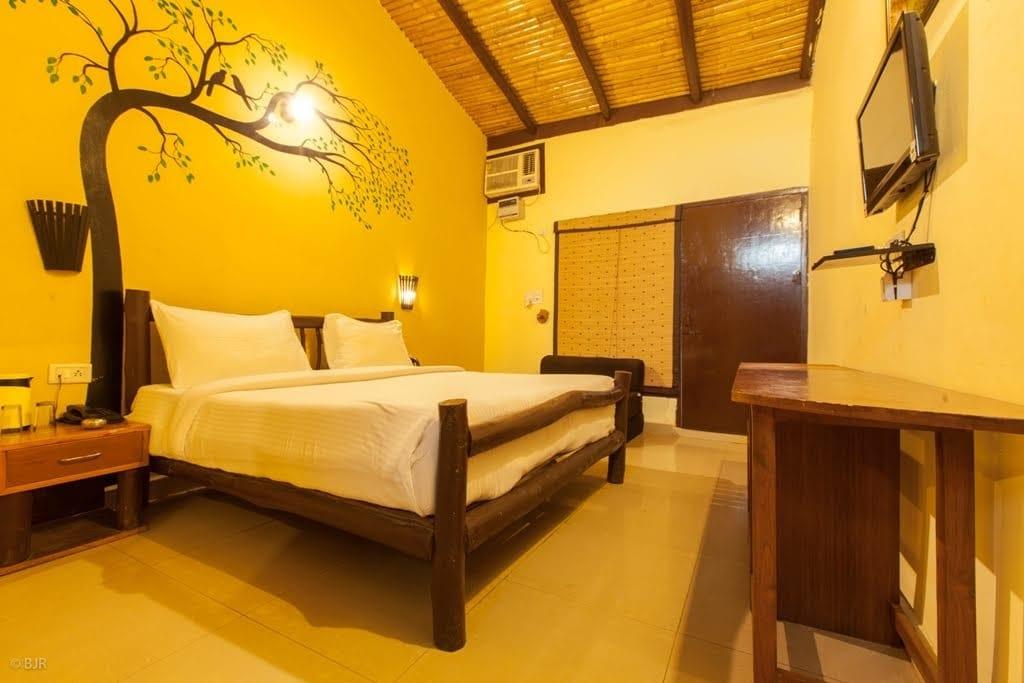 madhushala resort bedroom